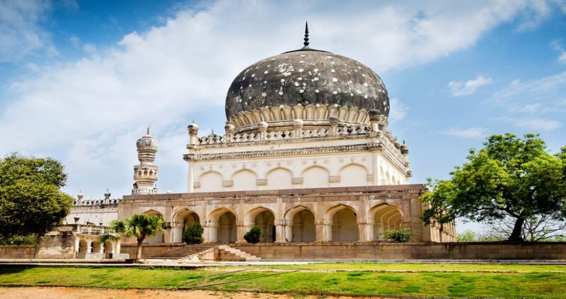 HOP_ON-HOP_OFF_ONE_DAY_HYDERABAD_CITY_TOUR-banner-2.jpg