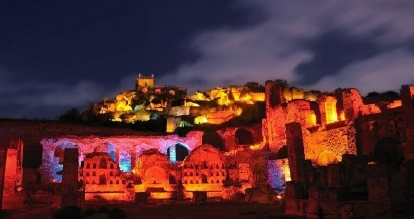 SOUND_LIGHT_SHOW_AT_GOLCONDA_FORT_HYDERABAD-banner-2.jpg