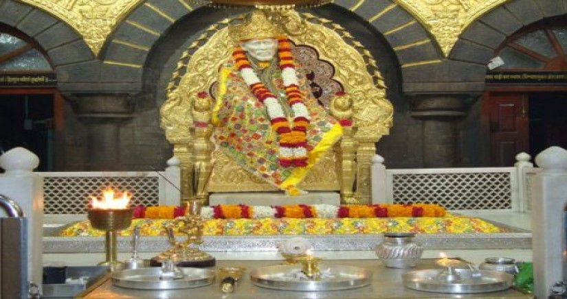 daily-shirdi-tour-package-from-hyderabad8.jpg