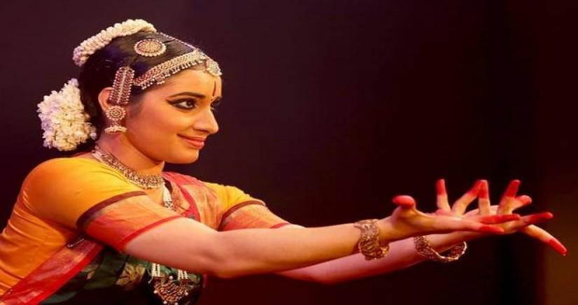 kuchipudi-recital-by-tharishya-reddy9.jpg