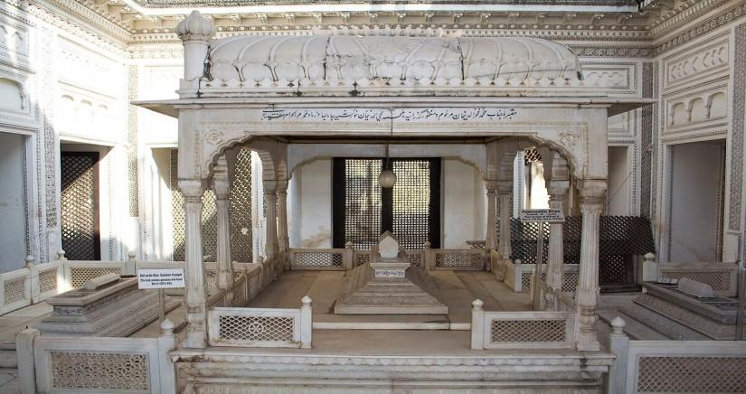 paigah-tombs6.jpg