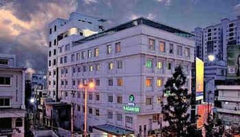 Trishul Grand Hotel